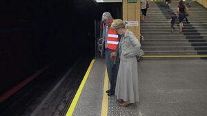 Minister o odpadających guzkach w metrze: ważne, że są