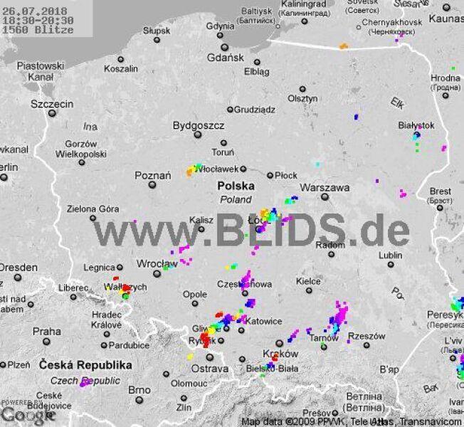 Ścieżka przechodzenia burz w godzinach 18.30-20.30 (blids.de)