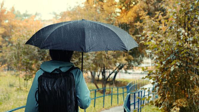 Prognoza pogody na dziś: deszczowa aura <br />w całym kraju, odczujemy chłód
