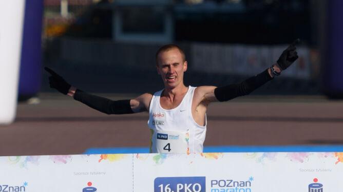 Pierwszy Polak od 2006 roku. Dobrowolski wygrał 16. PKO Poznań Maraton