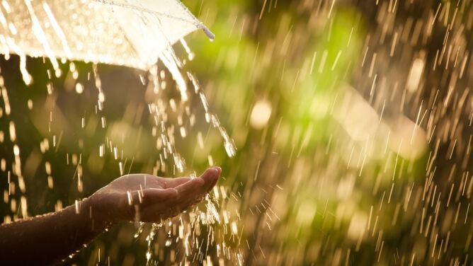 Prognoza pogody na dziś: <br />pochmurno, z przelotnymi opadami
