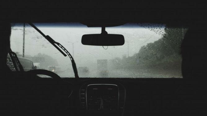 Pogoda uprzykrzy jazdę kierowcom