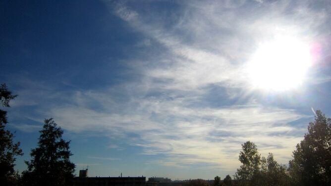 Prognoza na dziś: chłodno i wietrznie, ale na ogół pogodnie